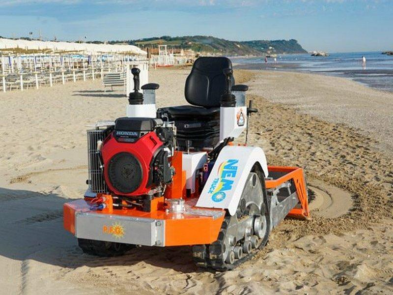 Μηχάνημα καθαρισμού ακτών – παραλιών Nemo Truck